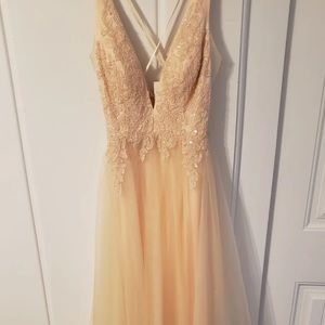 Gown dress prom